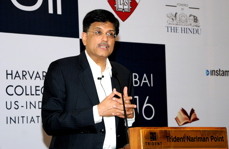The Minister of State (Independent Charge) for Power, Coal and New and Renewable Energy, Mr. Piyush Goyal addressing at the function of Harvard College Us- India Initiative conference, in Mumbai on January 09, 2016.