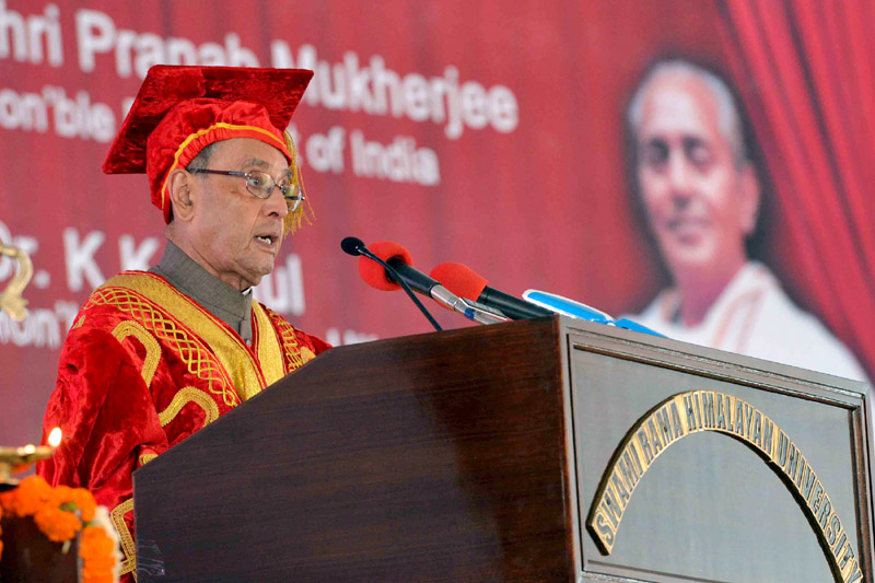 The President, Mr. Pranab Mukherjee at the First Convocation of Swami Rama Himalayan University, Jolly Grant, Dehradun, in Uttarakhand on April 01, 2016.