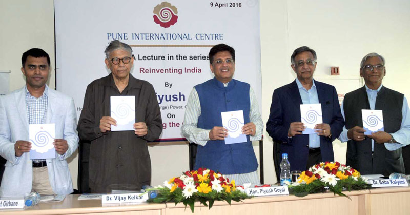 The Minister of State (Independent Charge) for Power, Coal and New and Renewable Energy, Mr. Piyush Goyal at the Pune International Centre, in Pune on April 09, 2016.