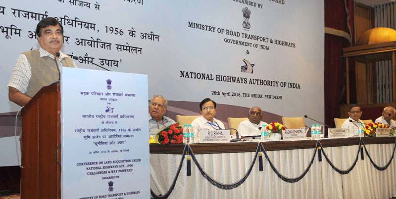 The Union Minister for Road Transport & Highways and Shipping, Mr. Nitin Gadkari addressing at the inauguration of the conference of Regional Offices of the Ministry, in New Delhi on April 26, 2016. The Minister of State for Road Transport & Highways and Shipping, Mr. P. Radhakrishnan, the Secretary, Ministry of Road Transport and Highways, Mr. Sanjay Mitra and other dignitaries are also seen.