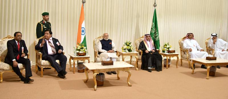 The Prime Minister, Shri Narendra Modi at the L&T residential complex, in Riyadh Saudi Arabia on April 02, 2016.