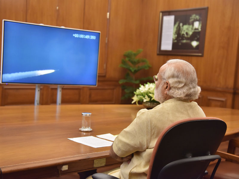 The Prime Minister, Mr. Narendra Modi witnessing the successful launch of IRNSS-1G, in New Delhi on April 28, 2016.