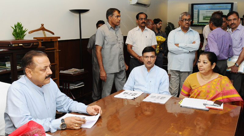 The Union Minister, Dr. Jitendra Singh assuming the charge of the office of Ministry of Youth Affairs and Sports in his addition to current duties, in New Delhi on May 23, 2016. The Secretary, Ministry of Youth & Sports, Mr. Rajiv Yadav is also seen.