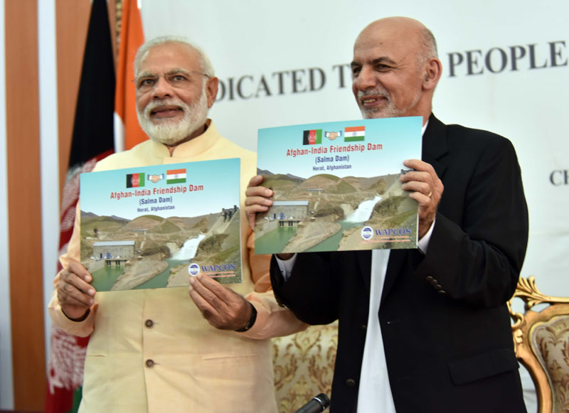 The Prime Minister, Mr. Narendra Modi and the President of the Islamic Republic of Afghanistan, Dr. Mohammad Ashraf Ghani at the inauguration of the Afghan-India Friendship Dam (Salma Dam), in Heart, Afghanistan on June 04, 2016.