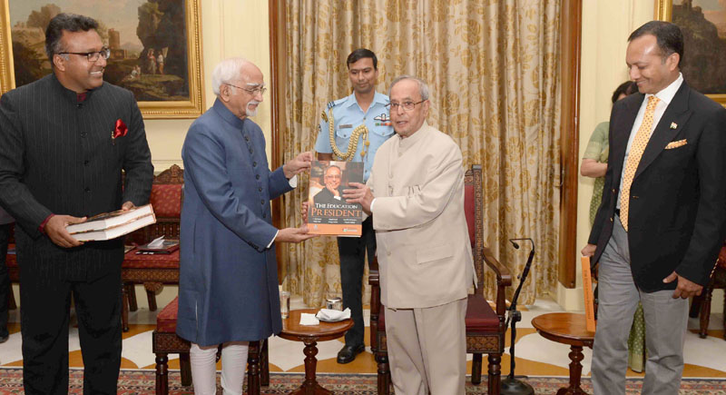"""The President, Mr. Pranab Mukherjee receiving the first copy of the book """"The Education President"""" published by the International Institute for Higher Education Research of the OP Jindal Global University from the Vice President, Mr. M. Hamid Ansari, at Rashtrapati Bhavan, in New Delhi on June 08, 2016."""