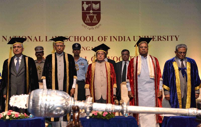 The President, Mr. Pranab Mukherjee at the 24th annual convocation of the National Law School of India University, Bangalore, in Karnataka on August 28, 2016. The Governor of Karnataka, Mr. Vajubhai Rudabhai Vala, the Chief Minister of Karnataka, Shri Siddaramaiah and the Chief Justice of India, Justice T.S. Thakur are also seen.