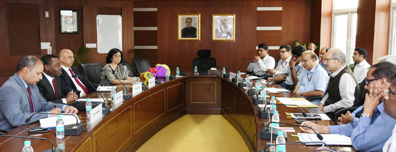 The President, International Civil Aviation, Dr. Olumu Yiwa Benard Aluu meeting the Minister of State for Environment, Forest and Climate Change (Independent Charge), Mr. Anil Madhav Dave, in New Delhi on August 08, 2016.