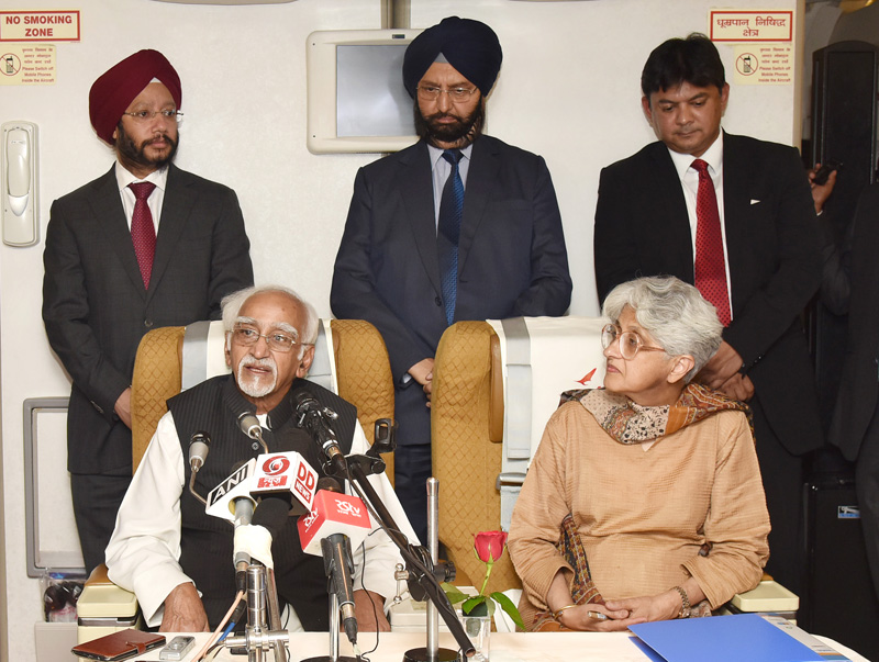 The Vice President, Mr. M. Hamid Ansari interacting with the accompanying media delegation on board, Air India Special aircraft on his way to Venezuela to attend the 17th NAM Summit, on September 15, 2016.