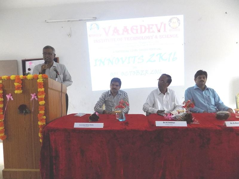 VITS Director Mr. PR Babaji addressing the national level youth 'Innovits - 2K16' in VITS, Proddatur on 01, October, 2016.